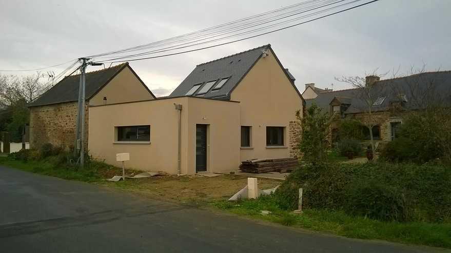 petite maison- hillion : renovation et extension type toit terrasse